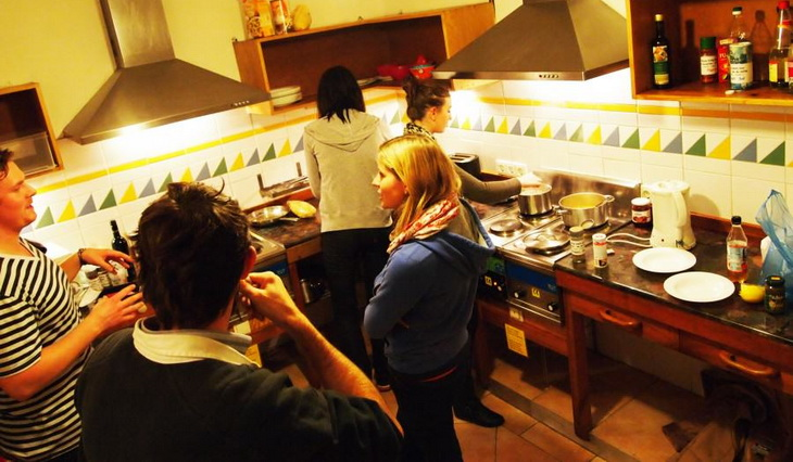 Backpackers cooking up some fine Food