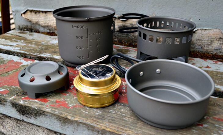 Esbit alcohol stove and trekking cookset