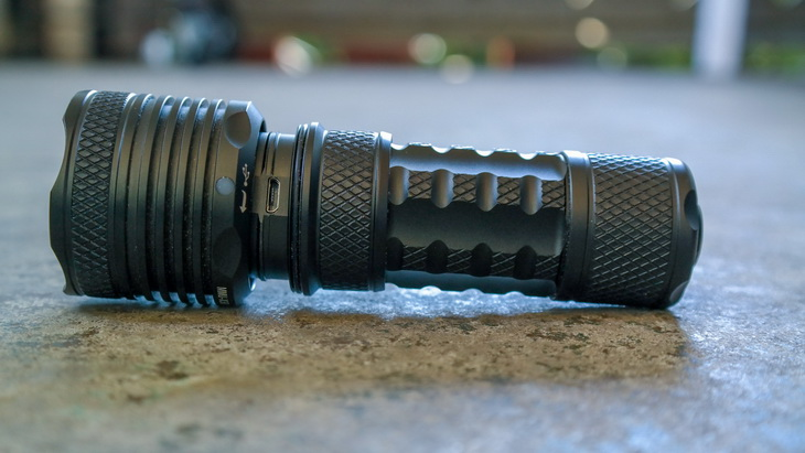 FourSevens MMU-X3R Flashlight