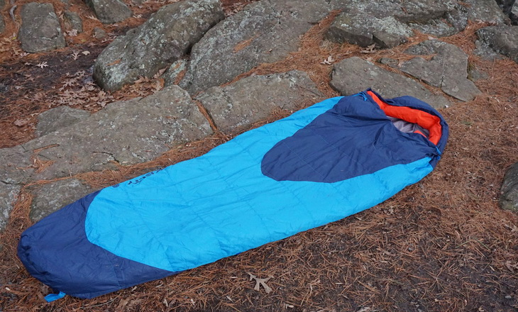 Kelty-Cosmic-20-Sleeping-Bag-On-Ground