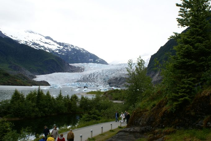 Mendenhall_Glacier_in_Tongass_National_Forest