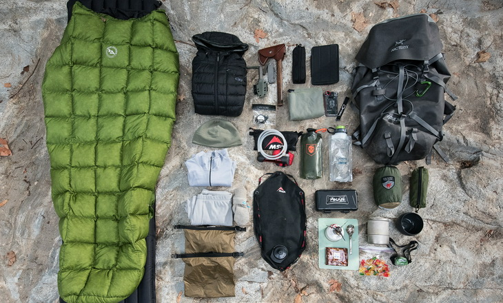 Big Agnes Pitchpine and some other outdoor gear on the ground