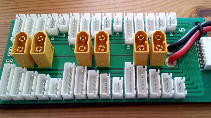 Close-up of Parallel charging board