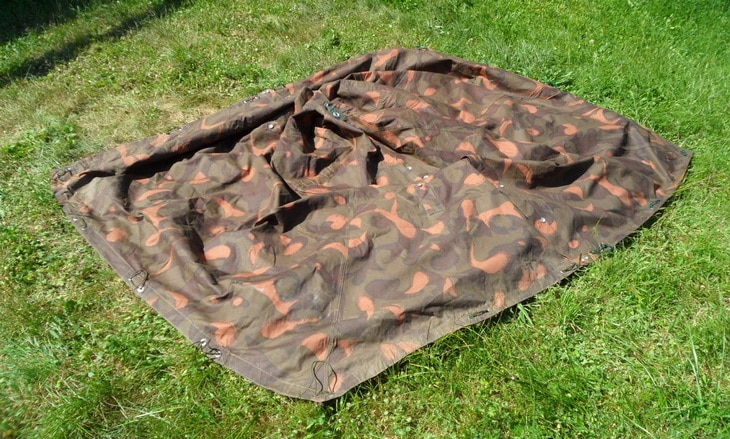 A fabric on the ground