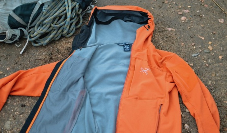 The Gamma MX has fleece lining throughout that is comfortable and cozy.