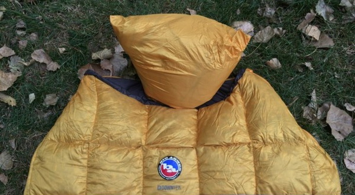 The attached pillow pocket on the Big Agnes Pitchpine