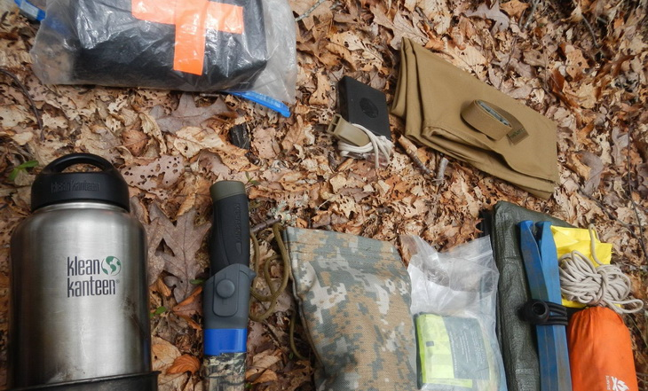 What I carry in my pack for a day hike