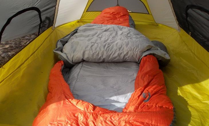 Sierra Designs Backcountry Bed 600 3-Season in a tent