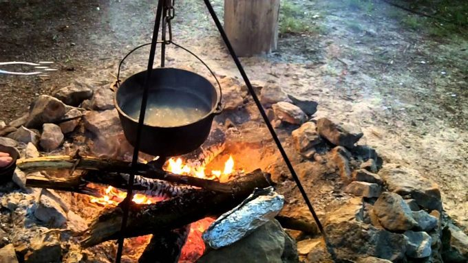 cooking-on-campfire-680x383