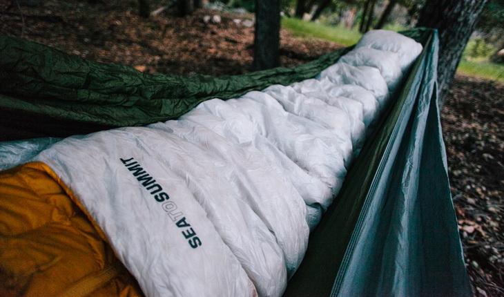 Sea to Summit Spark sleeping bag in a hammock