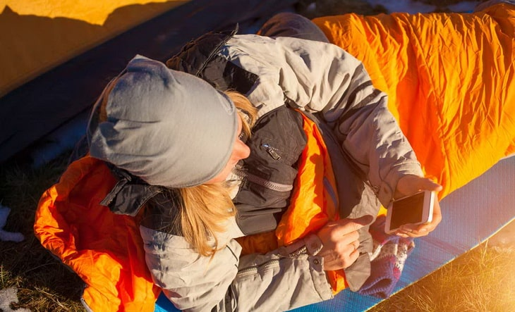girl_in_a_sleeping-bag-
