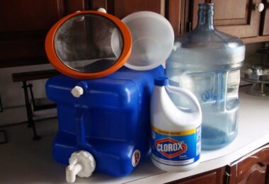 how-to-purify-water-with-bleach-810x572
