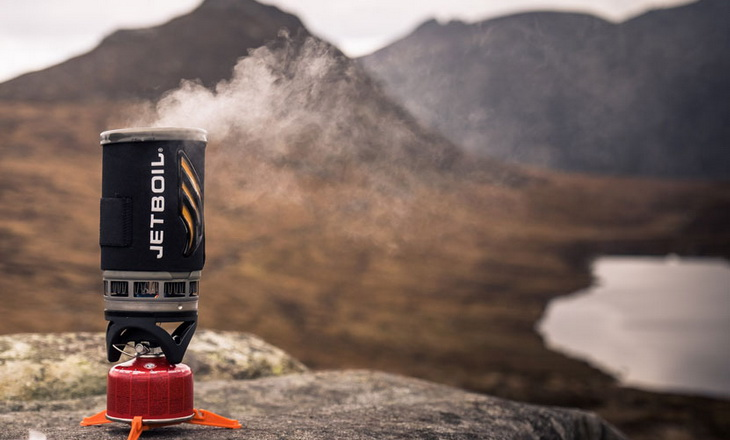 Jetboil Flash Cooking System and moutains in the background