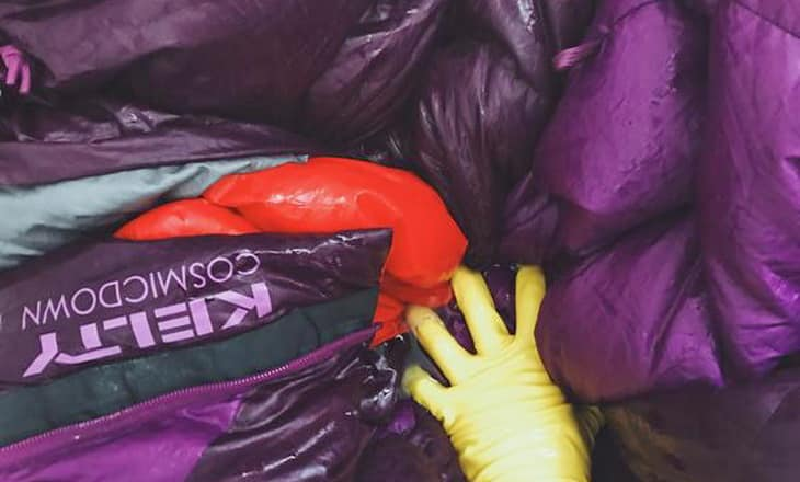 wash-down-a-sleeping-bag-with-hands