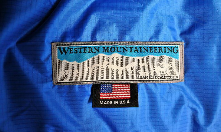 close-up image of Western Mountaineering Kodiak sleeping bag logo