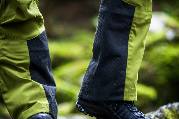 Image showing a man wearing a pair of pants made with Gore Windstopper, which are completely windproof and highly breathable, a crucial combination for aerobic activity in the mountains.