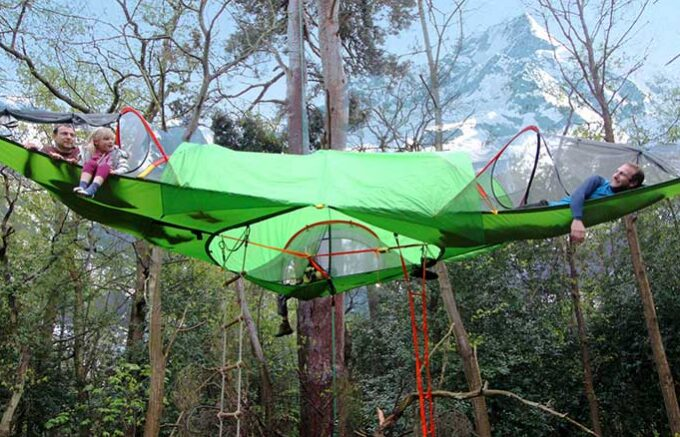 laying in tree hanging tent