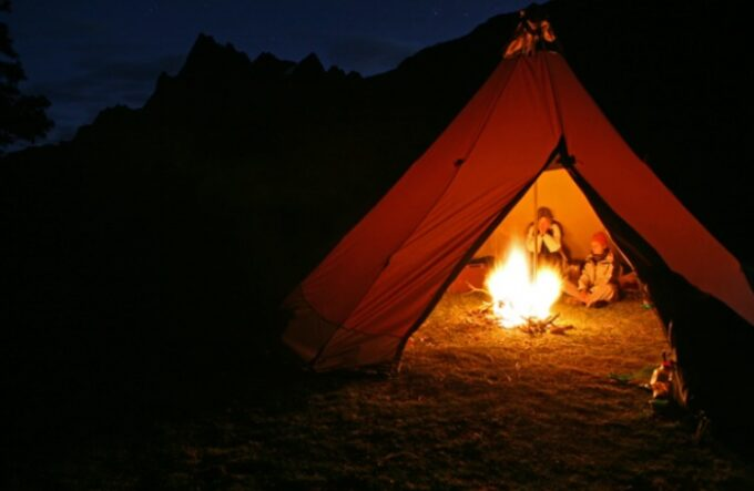 Heat a tent Without Electricity